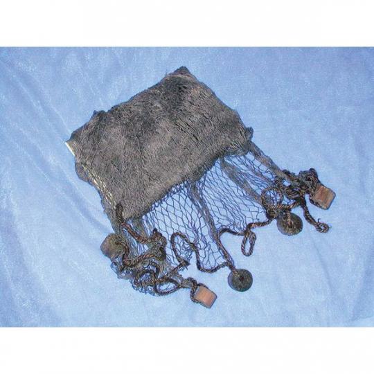 Fischernetz mit Schwimmern