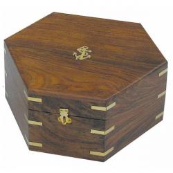 Sextant mit Microeinstellung in 6-eckiger Holzbox